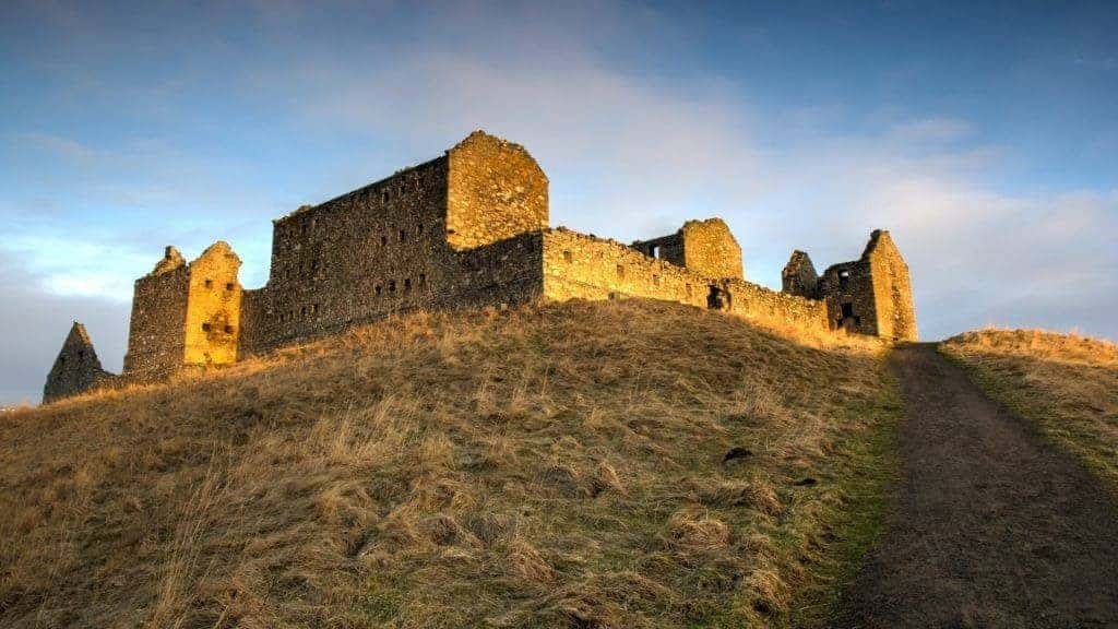 Ruthven Barracks at sunset