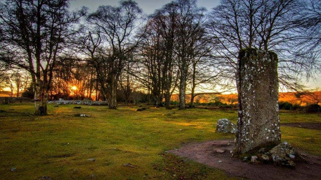 The Outlander Tour - Clava Cairns
